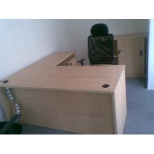 9.5成新1.8米长老板桌