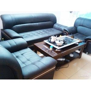9.5成新环保皮办公沙发3+1+1