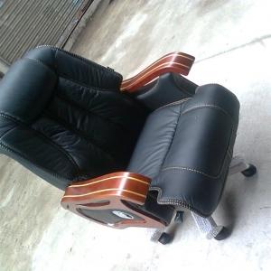 9.5成新豪华大班椅